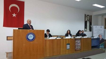 Professor Musa Qasımlı Türkiyədə tarixi tədqiqatların metodoloji prinsipləri ilə bağlı çıxış edib