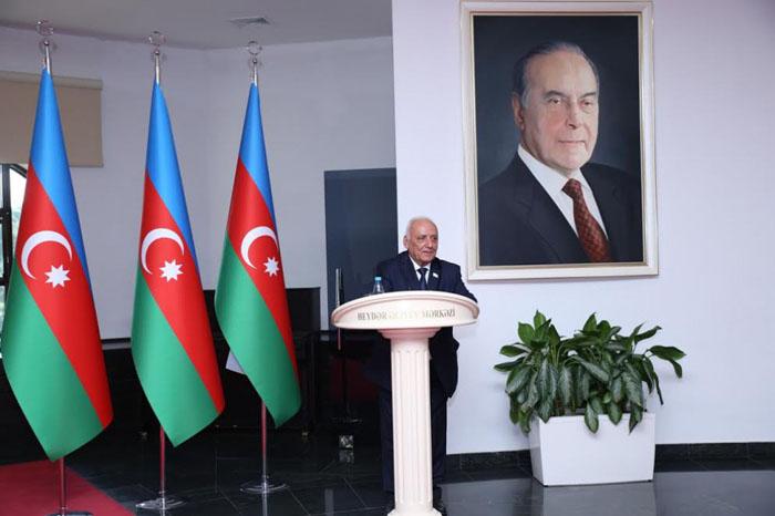 """Akademik Y.Mahmudov: """"Azərbaycan Xalq Cümhuriyyəti tariximizin şərəfli səhifəsidir"""""""