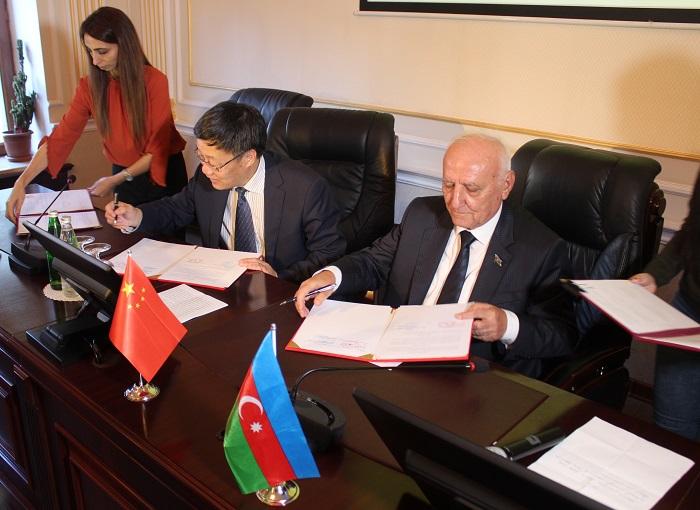 AMEA-nın Tarix İnstitutu Çinin Dünya Tarixi İnstitutu ilə əməkdaşlıq edəcək
