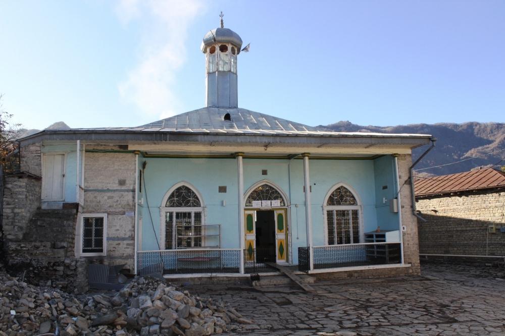 Lahıcdakı Bədöyün məscidində arxeoloji tədqiqatlar davam edir