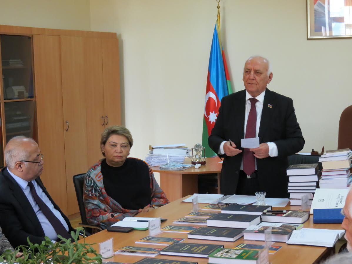 A.A.Bakıxanov adına Tarix İnstitutunun illik hesabatı təqdim olunub
